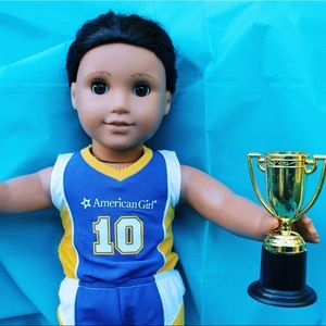 American Girl - Basketball Uniform & Trophy